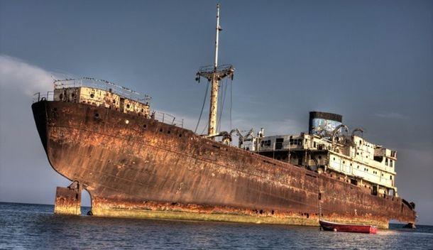 Пропавший в Бермудском треугольнике корабль вернулся спустя 90 лет